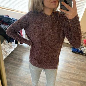 Pullover Hoodie / Sweatshirt